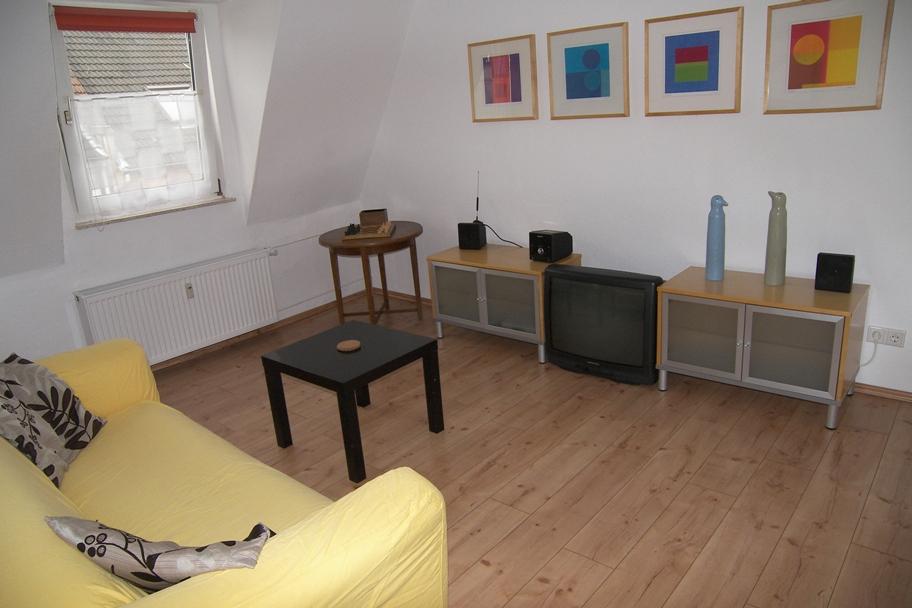 wohnen auf zeit m blierte wohnungen city apartments bochum ruhrgebiet. Black Bedroom Furniture Sets. Home Design Ideas